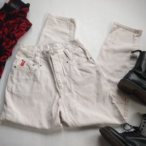 Vintage • white high rise Structured mom jeans